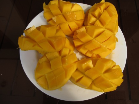 Confirmed. Philippines have the sweetest mangos! ::: Potvrdzujeme! Filipiny maju tie najsladsie manga