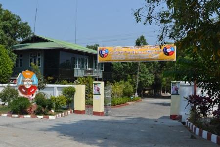 Panditarama Meditation Centre greets two new yogis ::: Panditarama meditacne centrum vita dvoch novych joginov