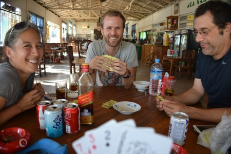 Great afternoon in Kinpun. Cards, rum & coke, Jeff & Angel ::: Skvele odpoludnie v Kinpune. Karty, rum s kolou a Jeff s Angel.
