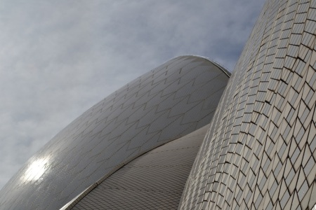 A Sydney landmark from up close ::: Ikona Sydney zblizka