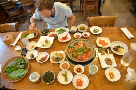 We can't get enough of Korean food ::: Korejskeho jedla sa nevieme nabazit